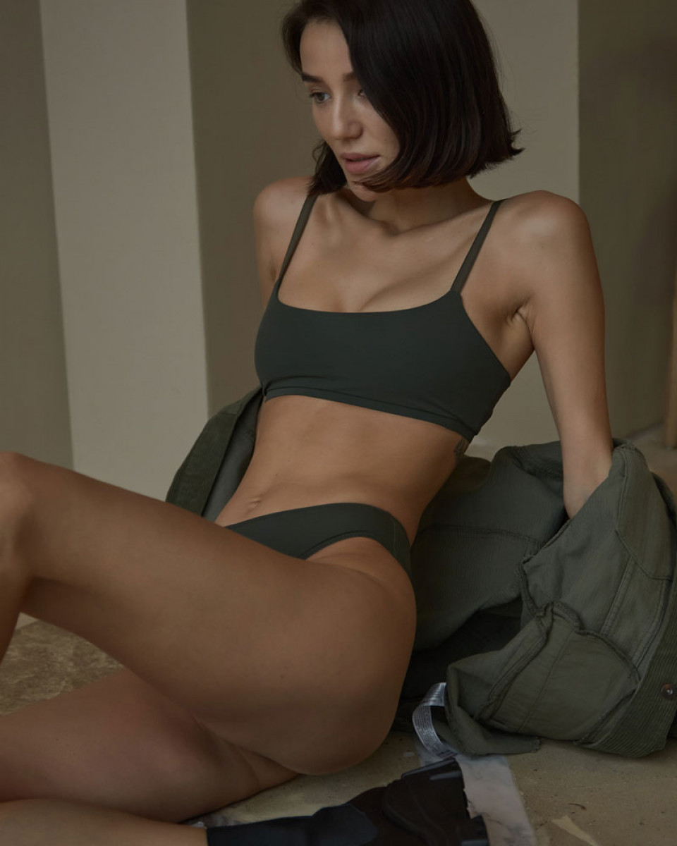 ТОП GIA IN OLIVE